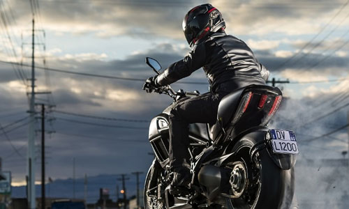 Diavel 24hrs free Ride